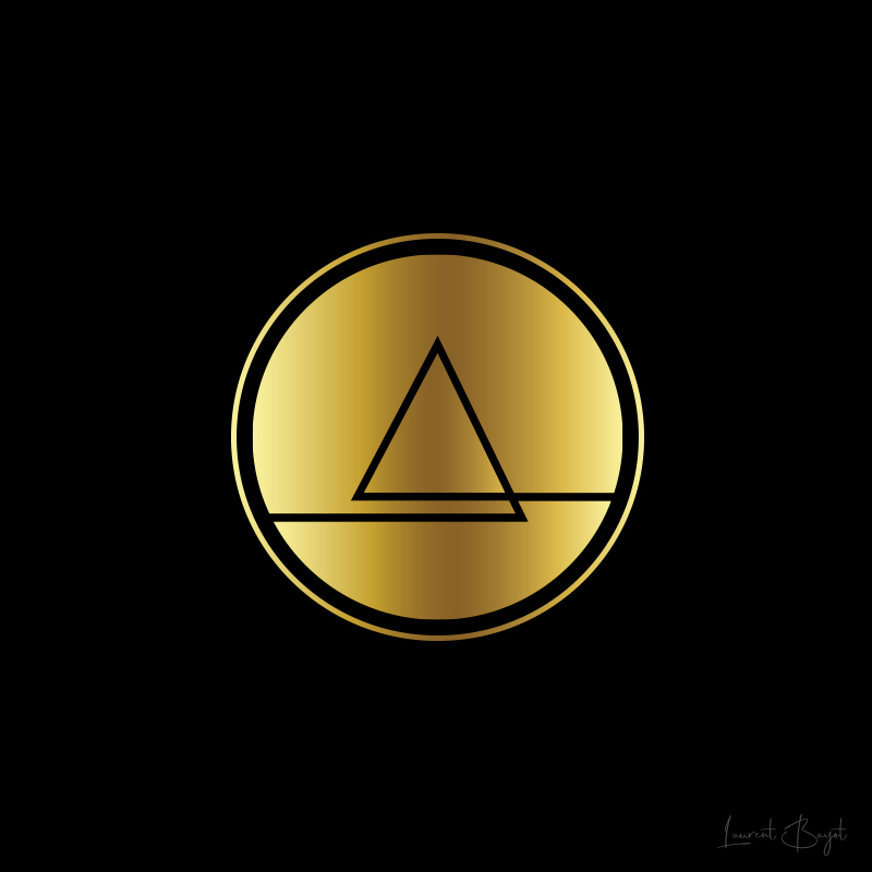 logo luxe or